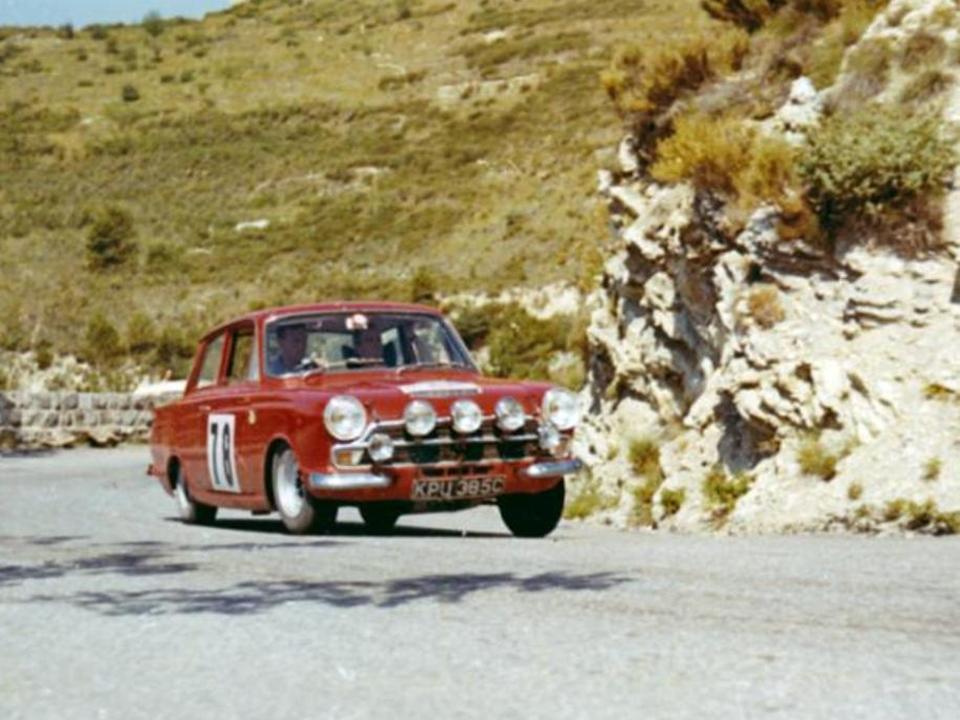 50.1 v4 19b Lotus Cortina Rally Taylor Melia KPU 385C