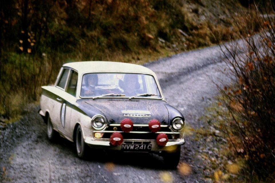 50.1 v4 31f Lotus Cortina Rally Jim Roger Clark Melia NVW 241C