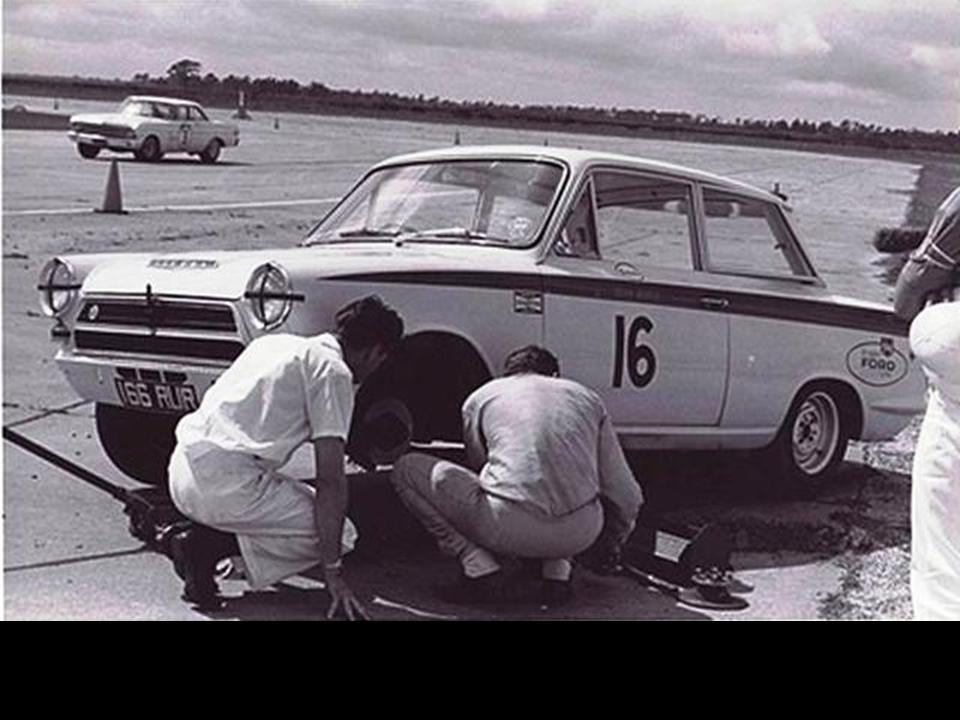 50.1.37 USA Lotus Cortina 6 Sebring 6403 Dan Gurney 2