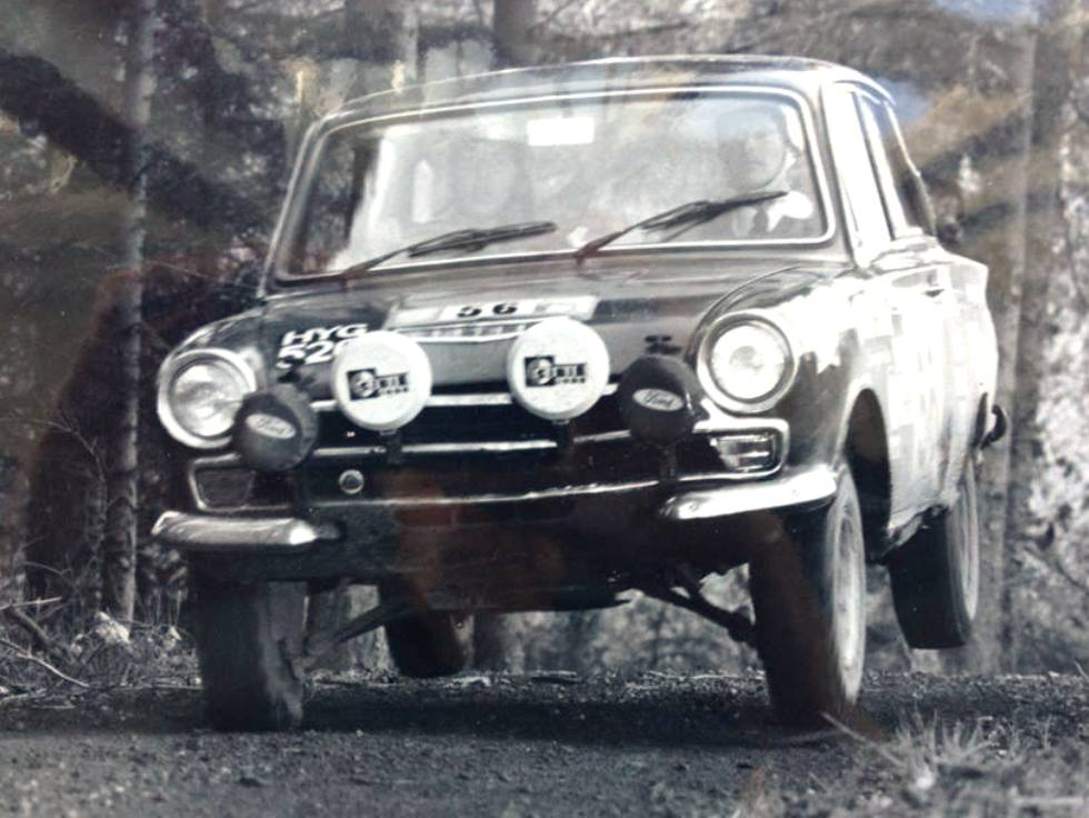 10-lotus-cortina-rally-kpu383c-72-international-scottish-6a