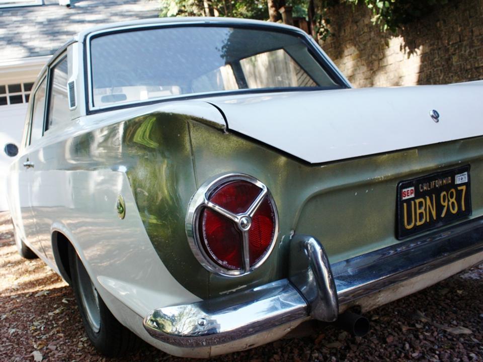 90.2 Lotus Cortina California Ext 13