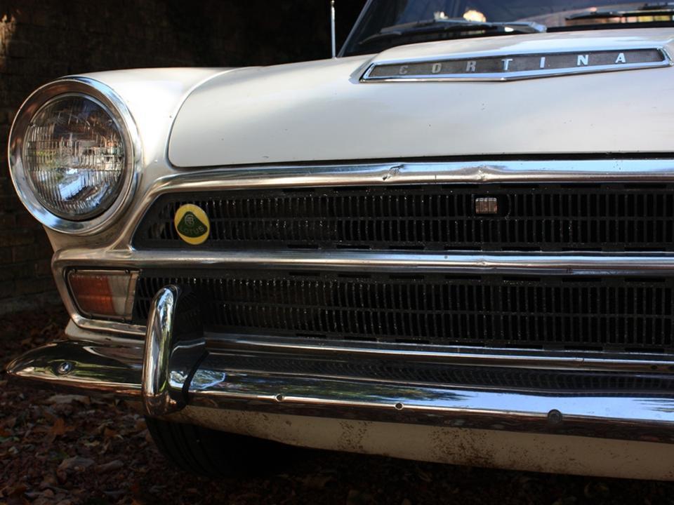 90.2 Lotus Cortina California Ext 7