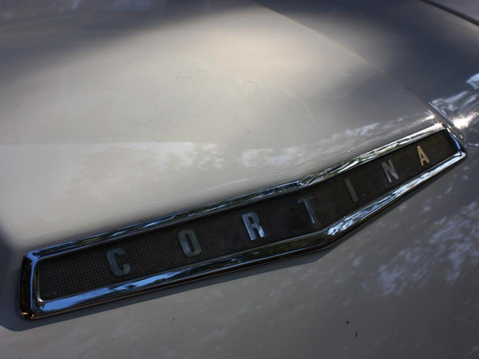 90.2 Lotus Cortina California Ext 8