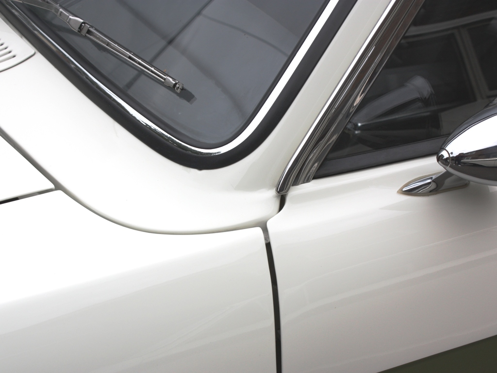 95 Lotus Cortina Mk2 S1a 9a
