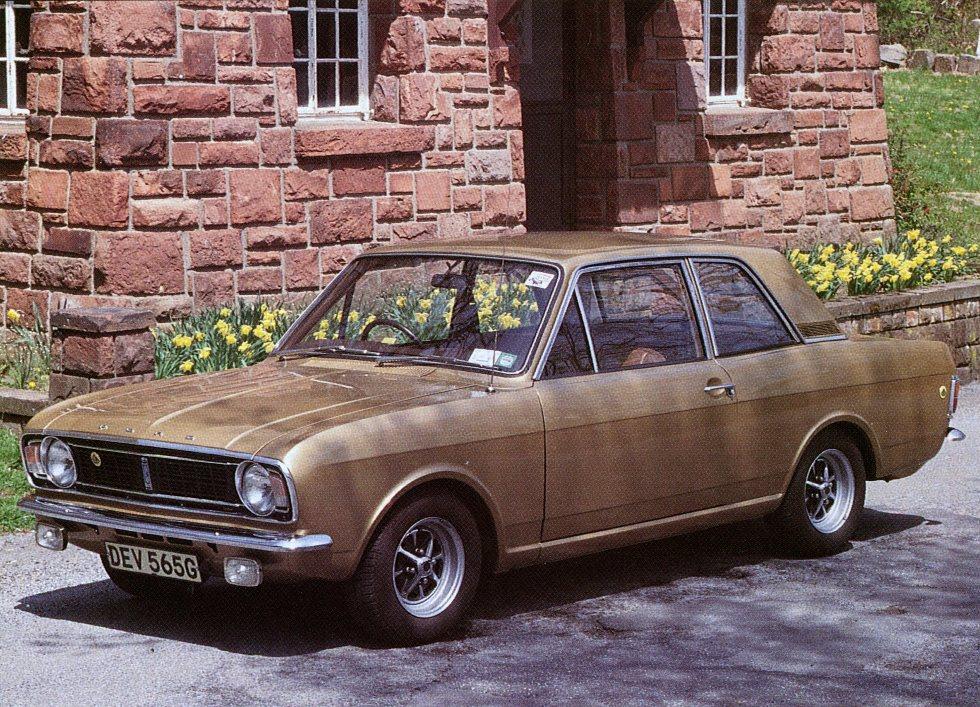 lotus-cortina-colin-chapman-42-special-interest-autos