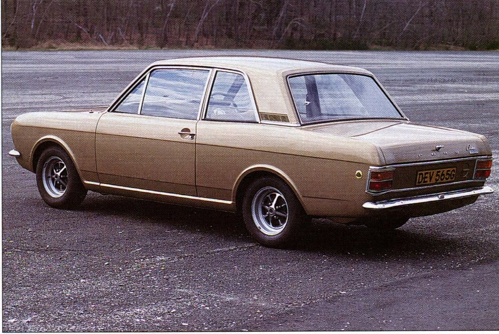 lotus-cortina-colin-chapman-44-special-interest-autos