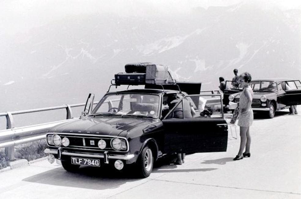 Lotus Cortina Information – 1600E 2 Door